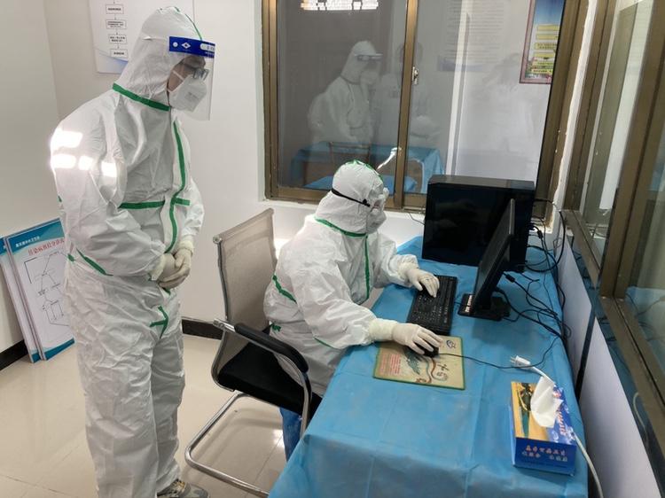 敦煌市卫健系统元旦假期开展新冠肺炎疫情防控应急演练