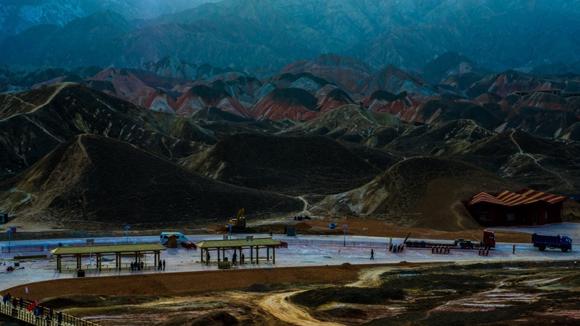 中国那么美 我们跟着柳工挖掘机去看看